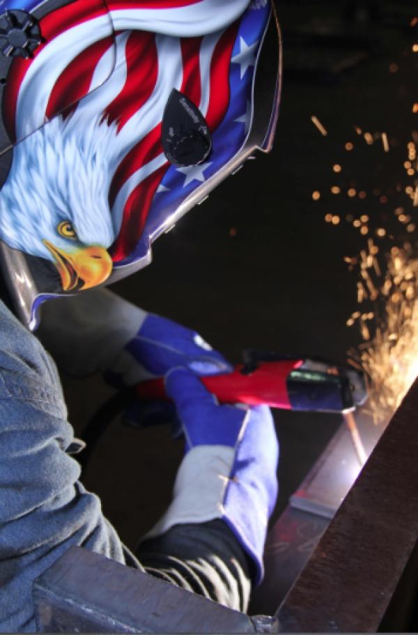 Four-sensor welding helmet