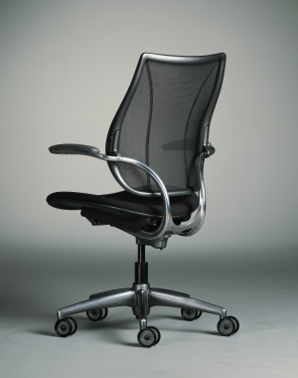 Self-adjusting chair