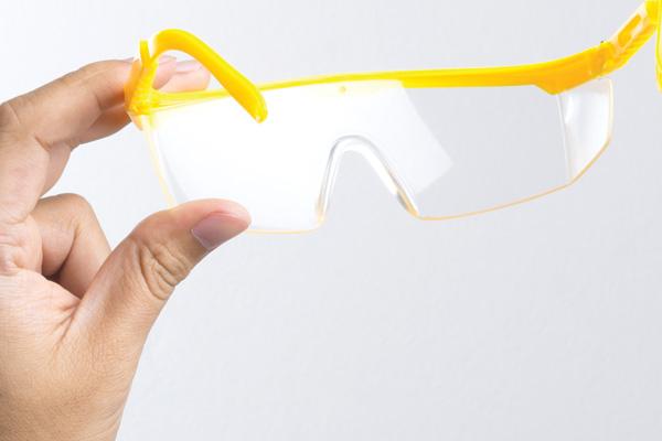 Wrong safety eyewear leading to eye strain, poor compliance