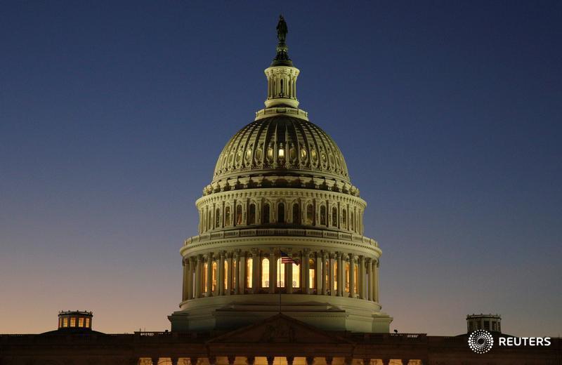 U.S. Senate approves measure to kill Obama-era contractor rule