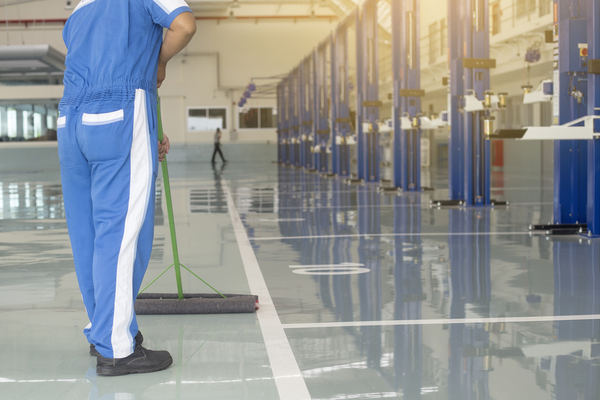 WorkSafeBC focusing on slips, trips and falls in manufacturing