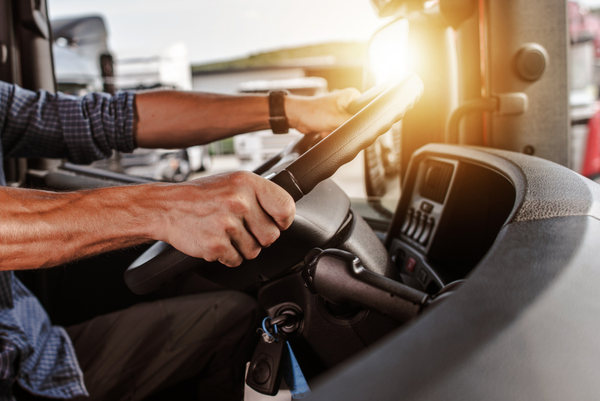 Nearly two-thirds of truck drivers in pain: Survey