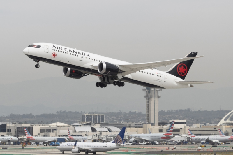 Universities need to rein in academic air travel and greenhouse gases