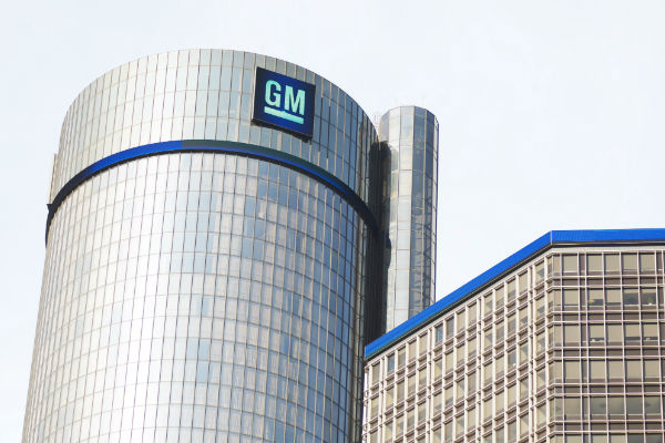 GM has tentative deal with UAW, though strike may continue