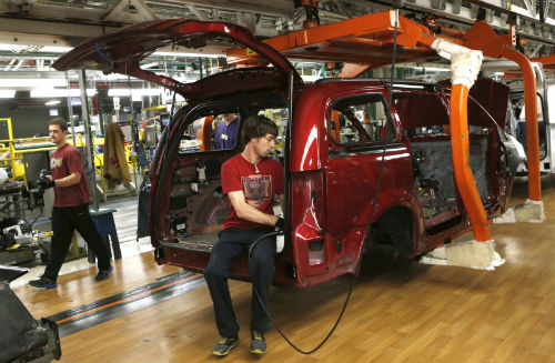 Unifor names Fiat Chrysler as next target for talks