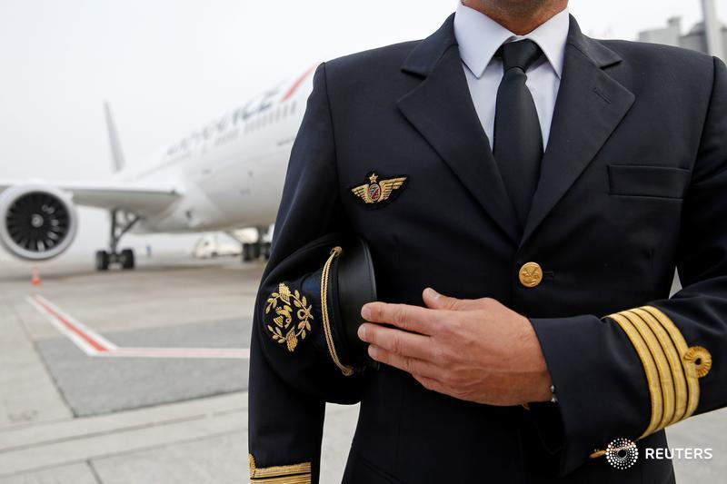 One in eight airline pilots may be clinically depressed