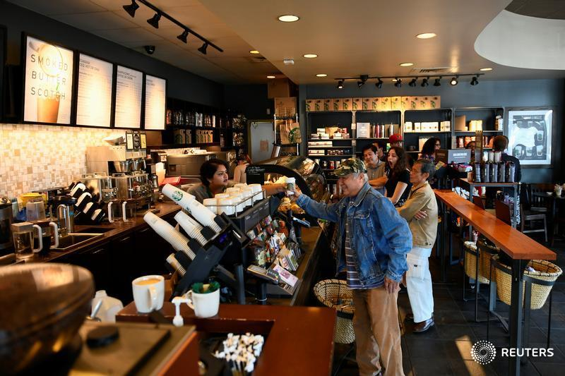 Starbucks Canada sets goal to hire 1,000 refugees over 5 years