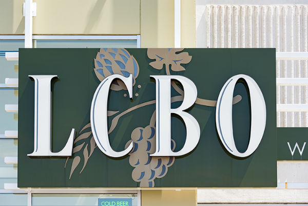 LCBO workers deliver overwhelming strike vote