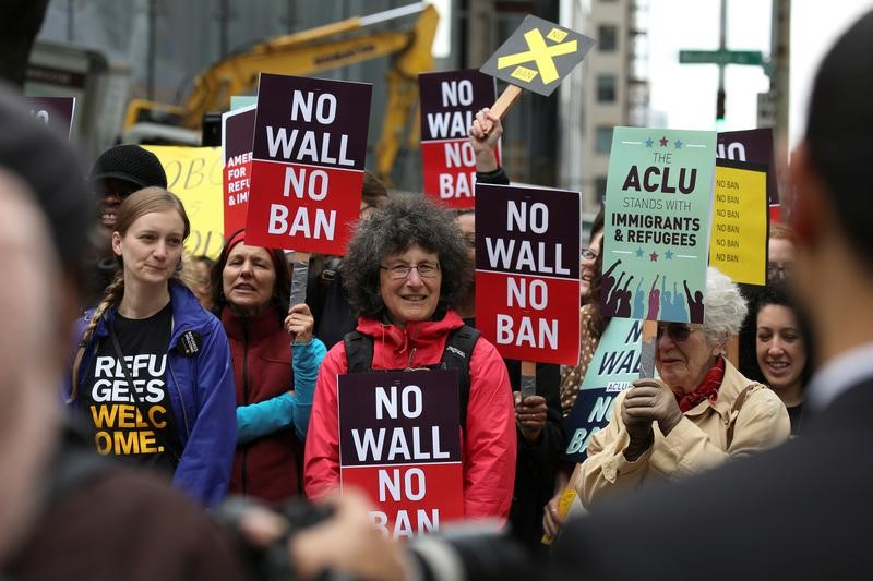 USA appeals court maintains block on Trump travel ban