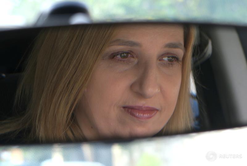 Australia probes Uber recruitment as drivers seek employee status
