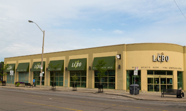 LCBO workers narrowly approve new 4-year contract