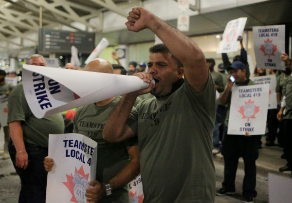 Toronto Pearson airport ground crew workers begin strike