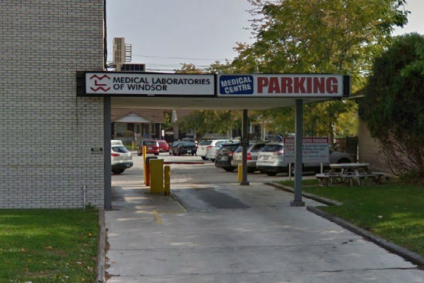 Tentative agreement signed to end 3- week strike at Windsor medical labs