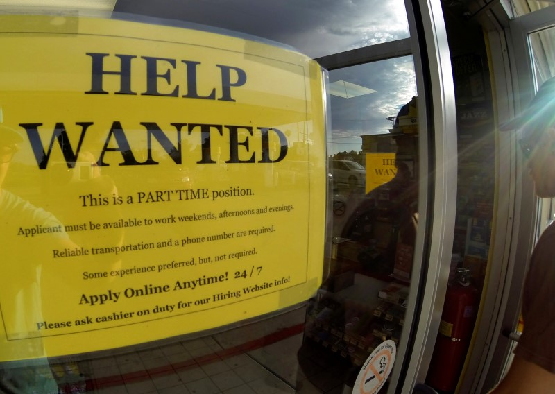 Americans voluntarily quitting jobs as labour market tightens