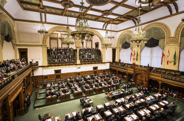 Ontario introduces pay transparency legislation in Ontario