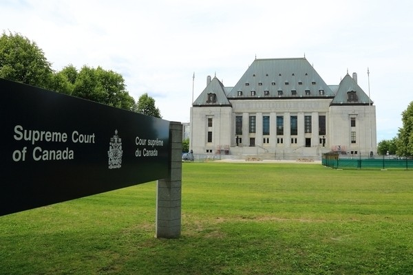 SCC upholds claim of workers' compensation against non-employer