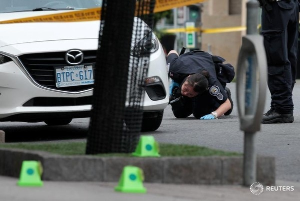 Toronto Danforth shooting
