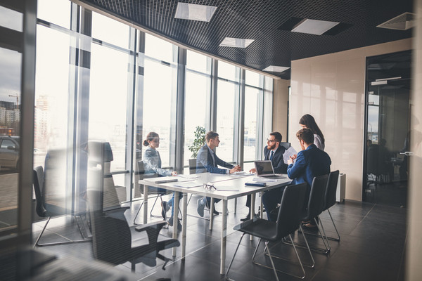 Who should chair the safety committee? | Canadian Occupational Safety