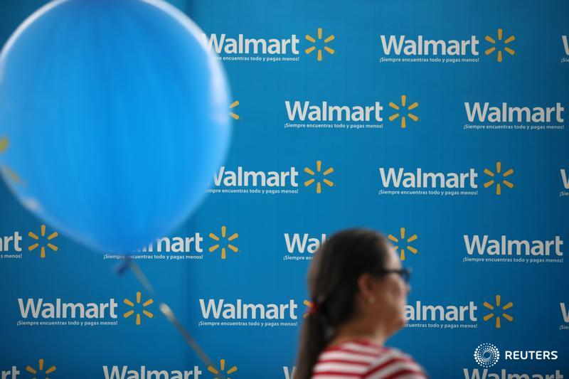 wal mart s discrimination difficulties A brief analysis of hrm within wal mart  4 workforce planning and the difficulties  wal-mart to its policy of discrimination against women by systematically.