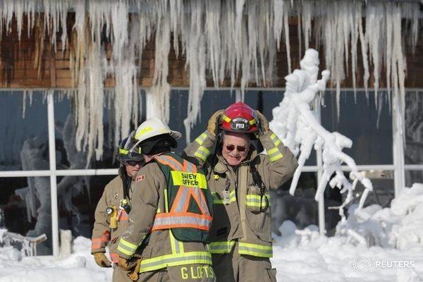 polar vortex fire Toronto