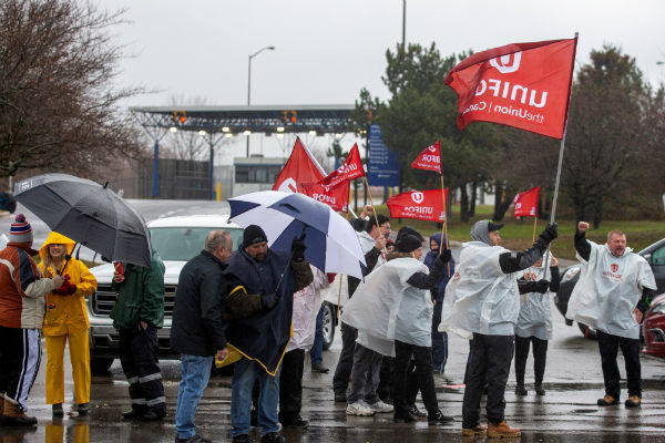 GM Canada takes Unifor to labour board over allegations of unlawful striking