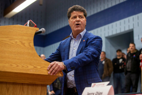 Unifor in talks with GM to save jobs in Oshawa, Ont.