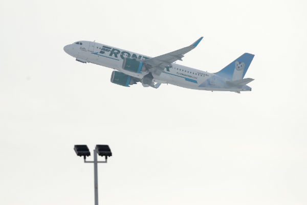Frontier attendants, airline reach tentative deal