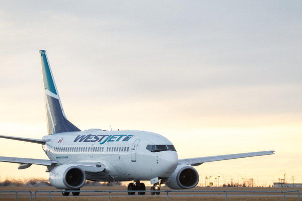 WestJet pilot injured by green laser light