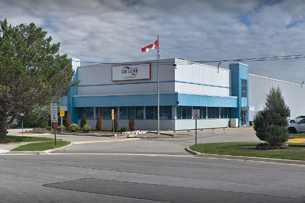 Workers at De Luxe Paper Products in Toronto reach new agreement